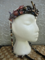 Stunt Double crown with side bead strands